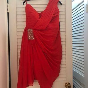 Dresses & Skirts - Red one-shoulder cocktail dress